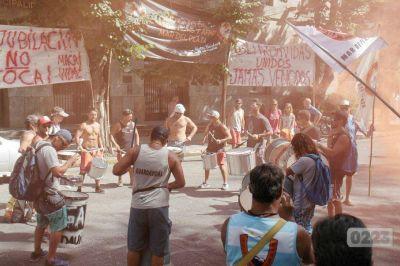 Guardavidas: dictan conciliación obligatoria para garantizar el servicio en Carnaval