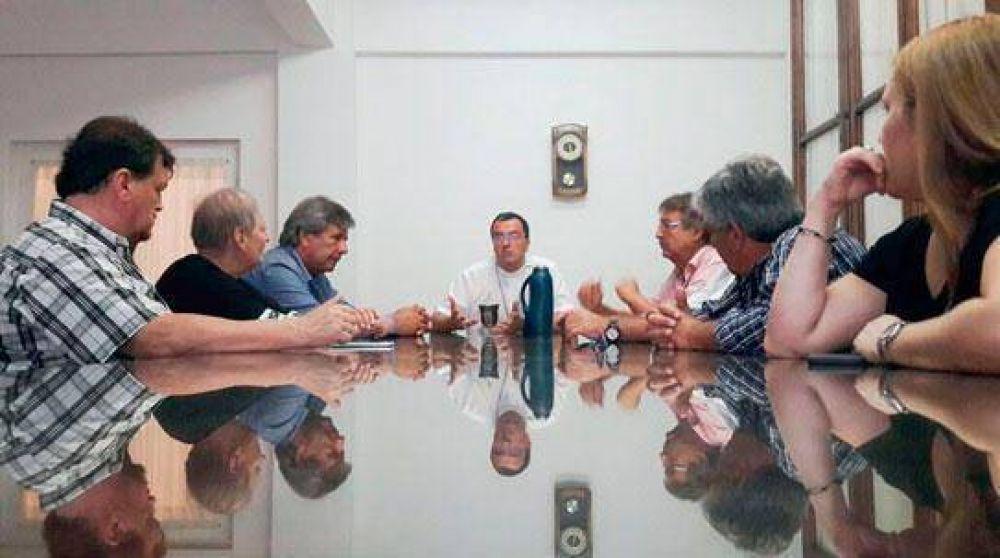 Casineros y el Obispo dialogaron sobre la problemática que afecta al sector