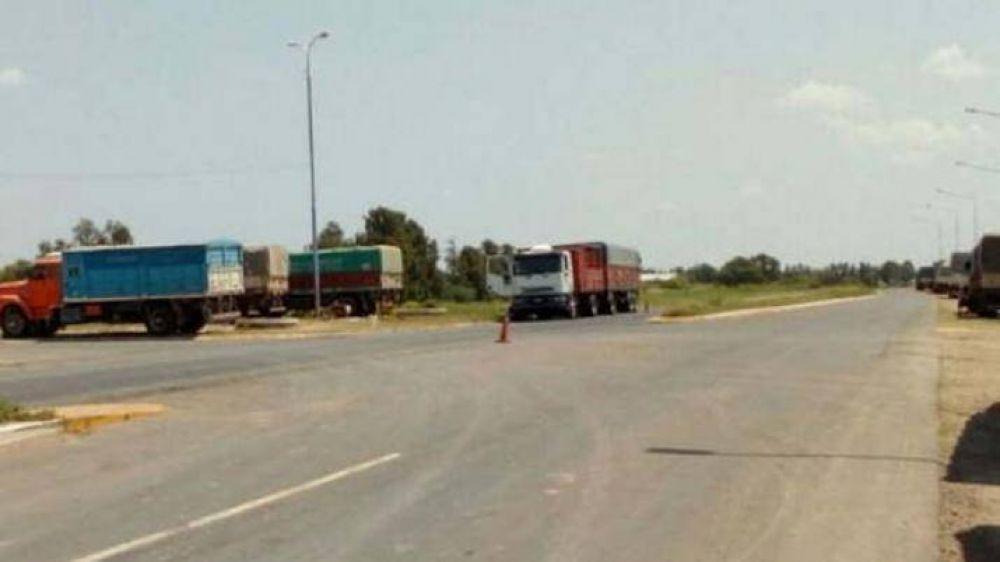Por las protestas, bajó 74% el ingreso de camiones a puertos