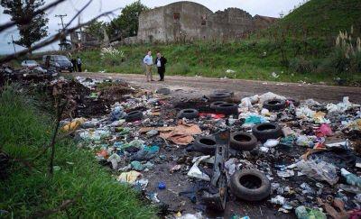 Tras pedir el arresto de la gente que arroja basura, Arroyo ahora plantea secuestrarle los vehículos