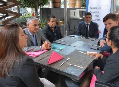 Domínguez Yelpo nos represento en la Cámara de Comercio Mexicano