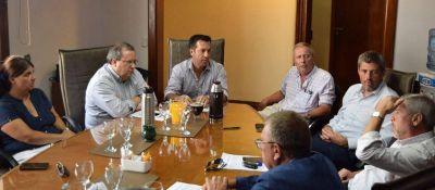 """Arturo Rojas: """"Buscamos mejorar de manera integral las condiciones de la estiba en Puerto Quequén"""""""