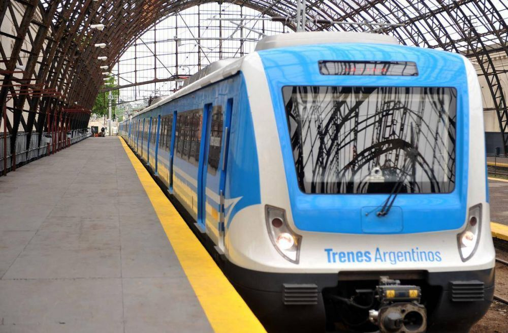 Triunfo político del Gobierno: un gremio ferroviario firma un nuevo convenio laboral