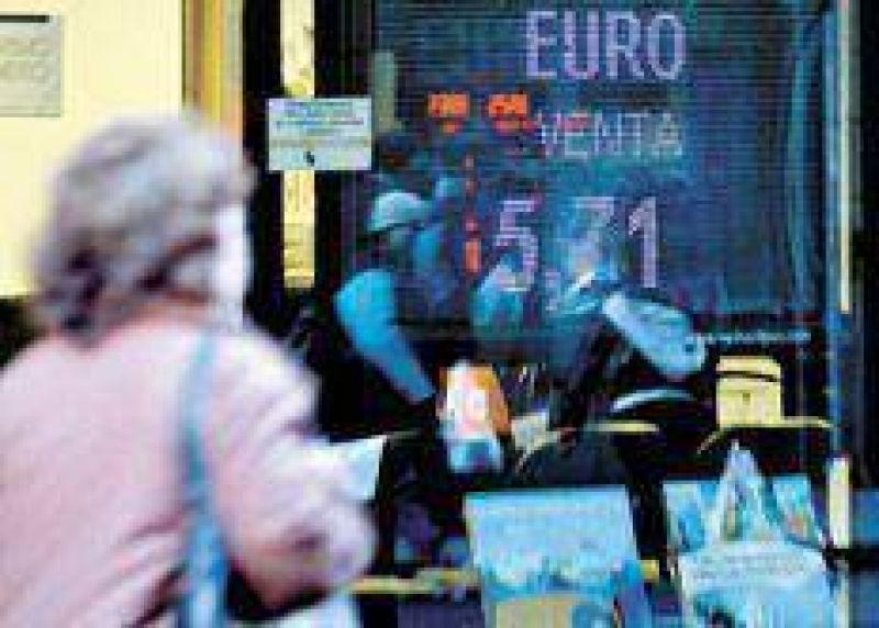 El euro avanza sobre un dólar débil