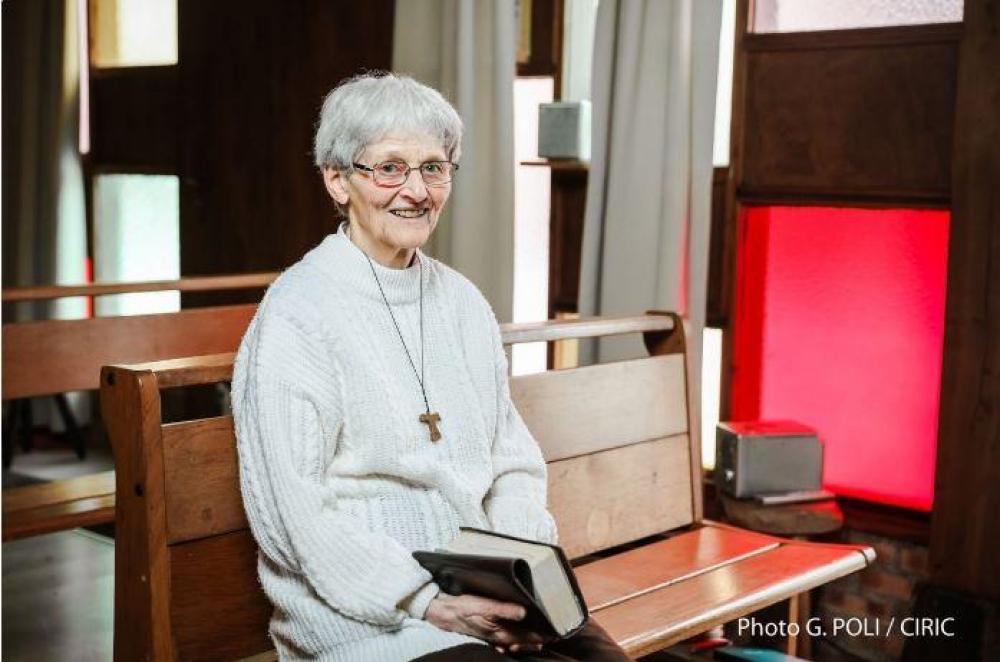 Otro milagro de la Virgen de Lourdes: una monja paralítica volvió a caminar