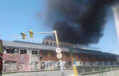 Incendio en un basural generó pánico en el centro de Córdoba