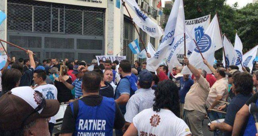 Sigue el conflicto en Vassalli y se levanta Firmat por la falta del pago de salarios
