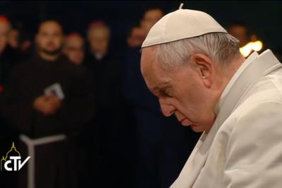"""EEUU: Francisco reza para que cesen los """"actos de violencia sin sentido"""""""