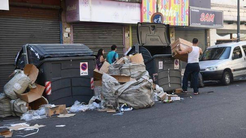 La Ciudad dictó la conciliación obligatoria en el conflicto con Camioneros para normalizar la recolección de residuos