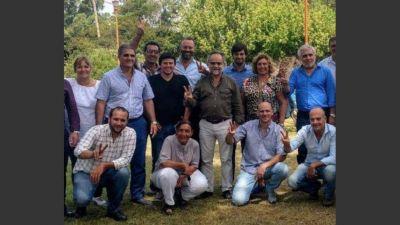 Intendentes del PJ reclaman a Vidal debatir un