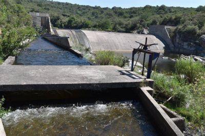 Apuran las obras para que los vecinos de Cosquín tengan agua de calidad