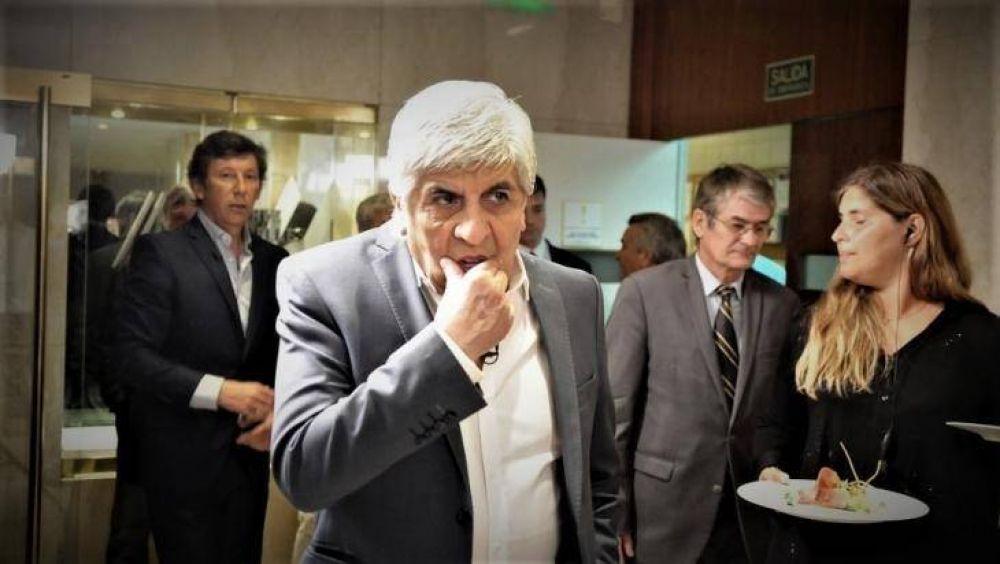 Enfrenta Moyano a Macri en la calle y compensa la ausencia sindical con kirchneristas, piqueteros y la izquierda