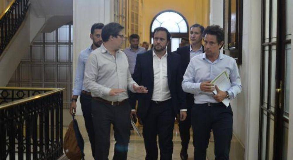 Nueva estrategia: Vidal y Baradel evitan chocar en el arranque de la paritaria