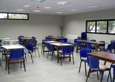 Prevén reconvertir 39 escuelas rurales bonaerenses en centros de capacitación