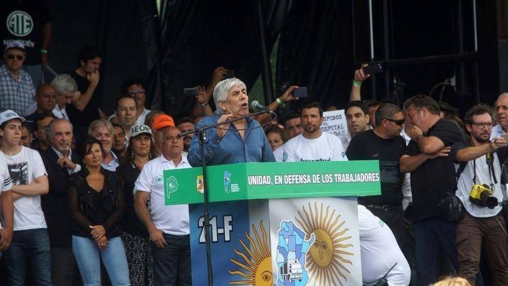 Hugo Moyano cree que con la marcha se formalizó un frente opositor