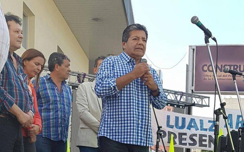 """Gerardo Martínez se diferenció del acto y llamó al """"dialogo social"""""""