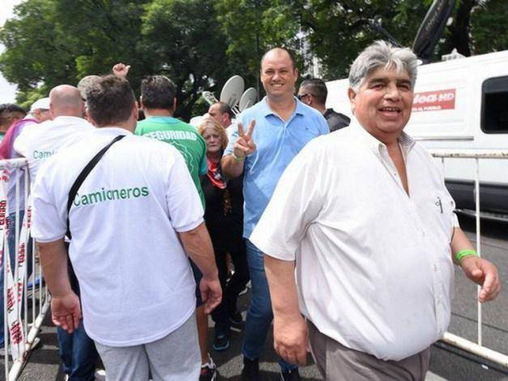 Rigane llamó a convocar a un paro general si el gobierno no cambia el rumbo