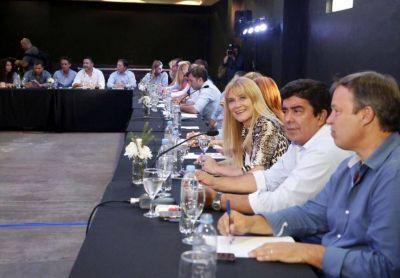 Extensa reunión del PJ bonaerense para abrir las puertas del partido