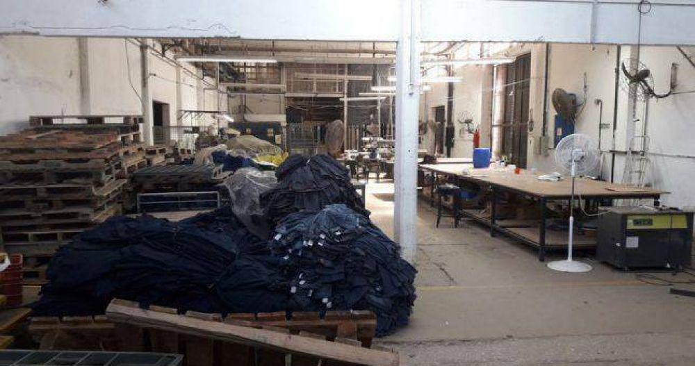 Ocupan una textil por temor al vaciamiento y despidos masivos