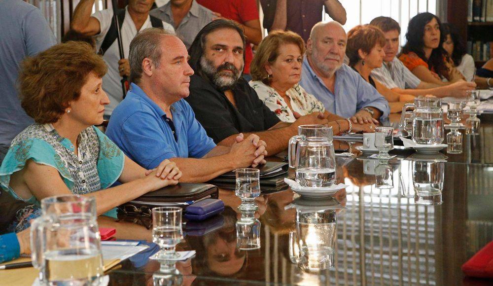 Paritaria docente: nueva reunión entre los gremios y la Provincia