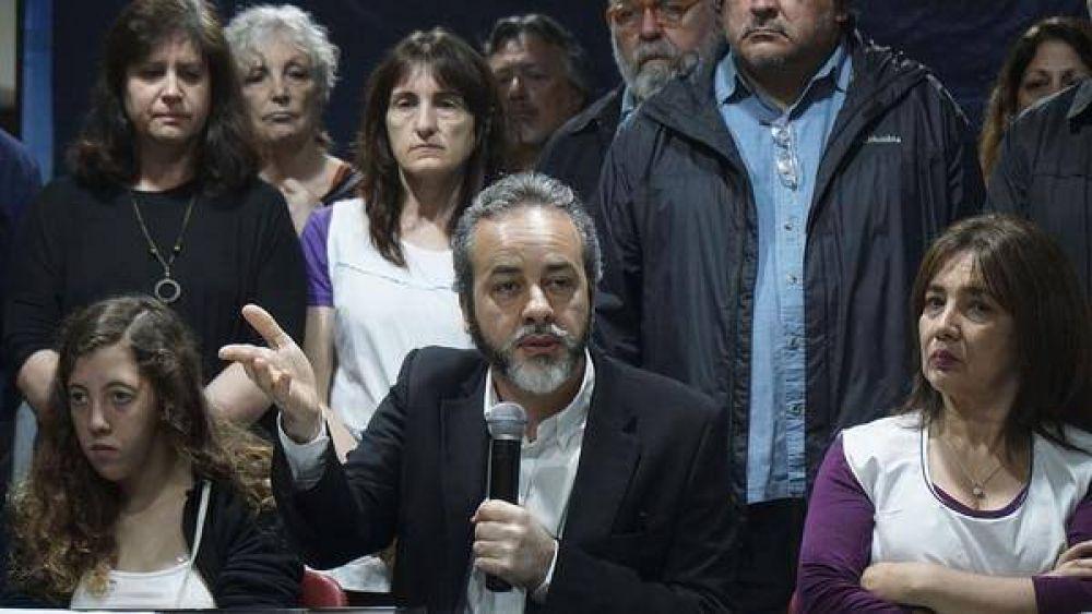 Sin ponerse de acuerdo, los gremios docentes convocaron paros que impedirán el normal comienzo de las clases en la Ciudad