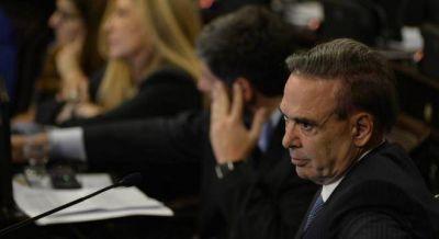 Pichetto confirma a Perotti como vice del Senado, en un clima de tensión