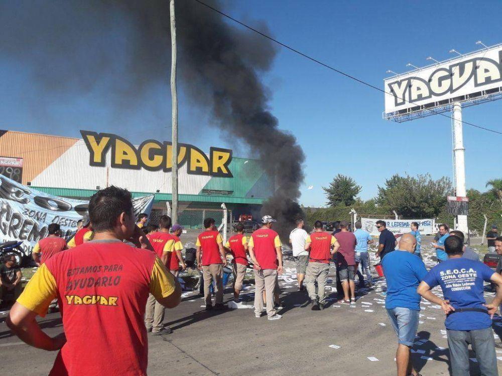 El SEOCA protesta frente a mayorista de Moreno por despidos