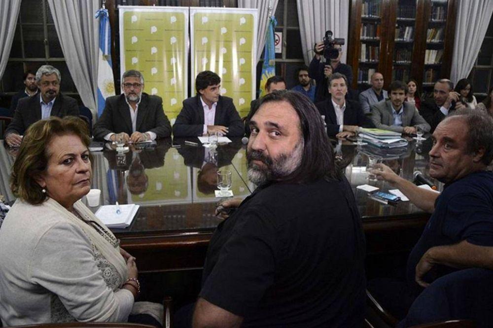 Los gremios volvieron a rechazar la oferta de Vidal y peligra el inicio de clases en la provincia