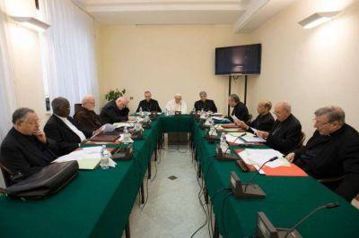 C9: Reflexión sobre las Conferencias episcopales y la descentralización