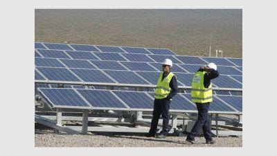 Proyecto de energía solar creará 300 puestos de trabajo y abastecerá a 136.000 familias