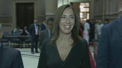 El detrás de escena del discurso de María Eugenia Vidal: de los gritos opositores a los cantitos macristas