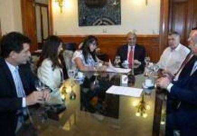 Finalmente APEM aceptó el acuerdo paritario docente