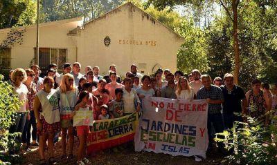 Crece la presión para que Vidal no cierre las escuelas del Delta