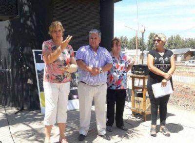 Timbúes inauguró el primer tramo de su colectora cloacal