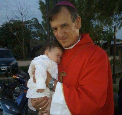 """Mons. Canecin animó a descubrir """"el valor de la Ley de Dios"""""""