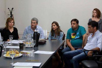 Urgido por la falta de transporte, intendente peronista busca apoyo legislativo