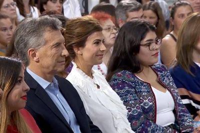 Macri anunció un proyecto de ley que establece el salario igualitario