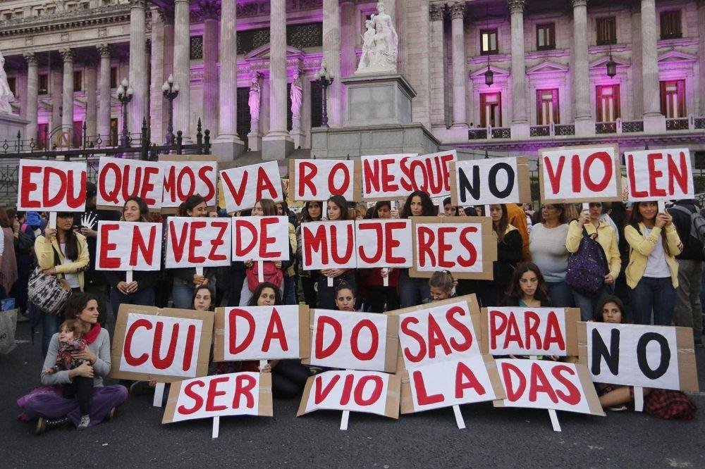 8M: solo cuatro sindicatos cumplen con la ley de cupo femenino