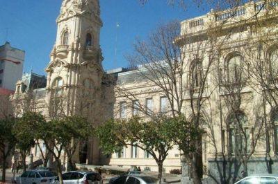 Municipales de Bahía Blanca realizarán medidas de fuerza en reclamo de aumento salarial