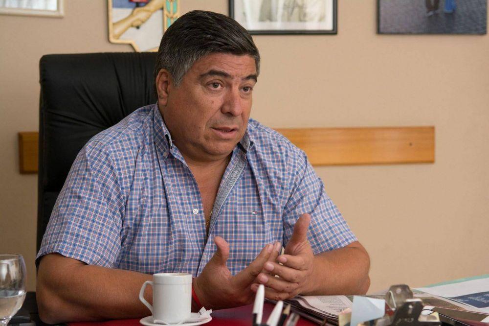 Ramón Muerza, el hombre que se le anima a Cavalieri en Comercio