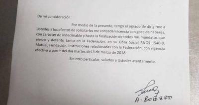 Acorralado por las causas judiciales y la presión de las bases, Roberti dejó la conducción de Petroleros