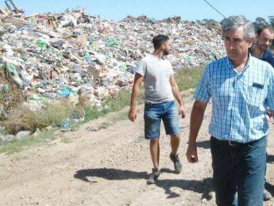 Marcelo Fernández (AM) denunció penalmente a Arroyo y Leitao por el basural