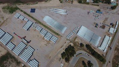 Proyectan instalar en Bahía Blanca dos plantas para atender los molinos eólicos del país