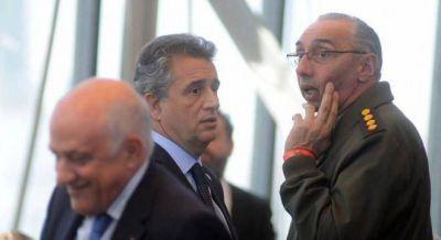 La OA dictaminó que Etchevehere violó la ley de ética pública, pero Macri lo sostiene en su cargo