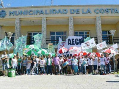 Mar del Tuyú: La Provincia cierra casinos y el intendente no los atiende