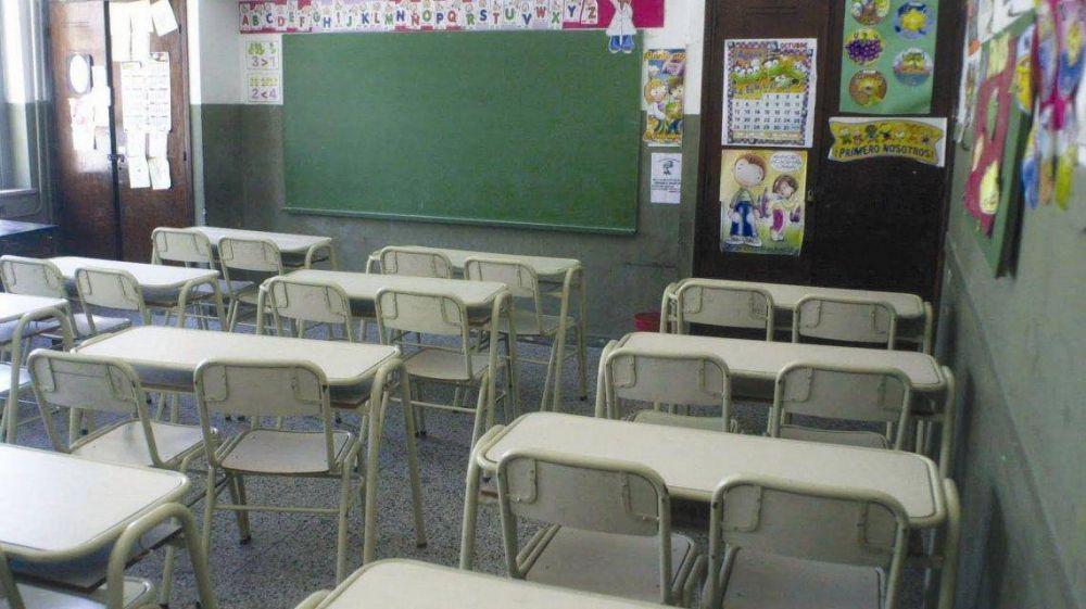 Suba de 15% y en 3 cuotas: sin diálogo con la Provincia, docentes preparan otro paro