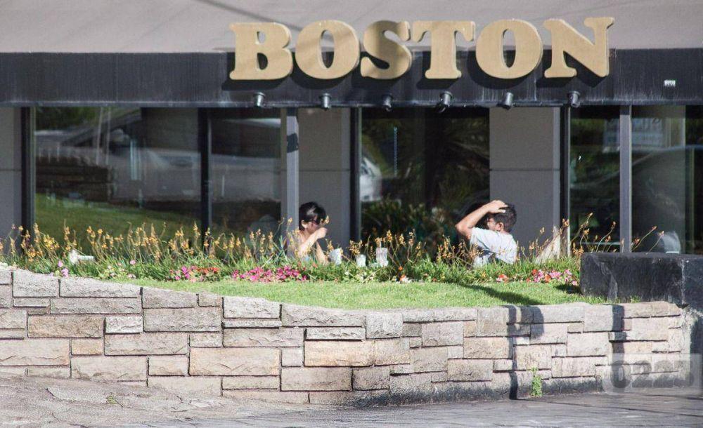 En medio de la crisis, la Boston cerraría uno de sus locales