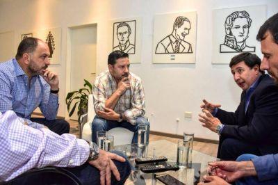 Con otra foto, el Partido Justicialista aceita sus contactos con el massismo y suma reclamos a Vidal