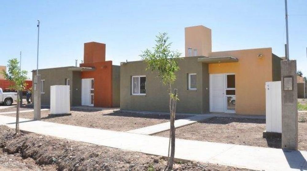Esta semana, San Juan firma con Nación acuerdos por más de 1000 casas