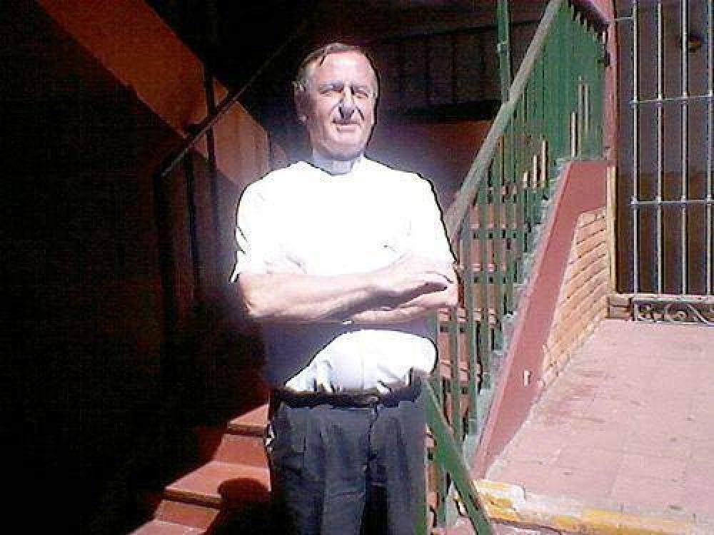 El padre Jorge Chichizola estuvo reunido con el Papa Francisco